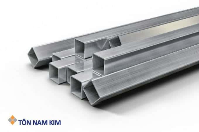 Minh họa thép hộp vuông Tôn Nam Kim