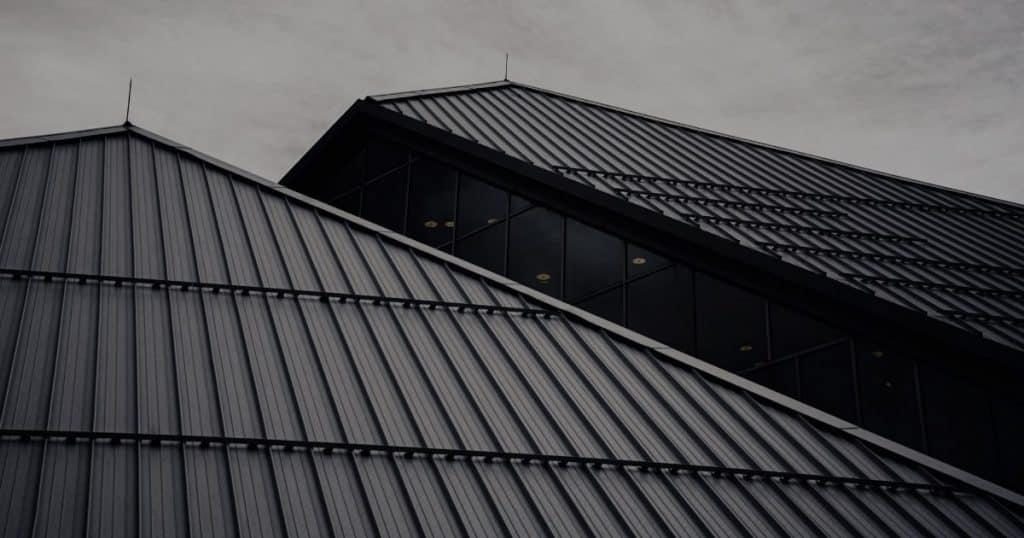 Top 8 công trình có kiến trúc nhà mái tôn đẹp tại Việt Nam
