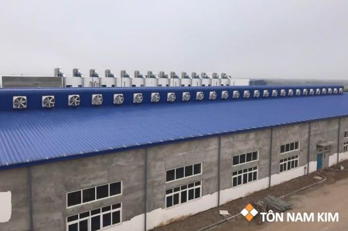 Quạt thông gió nhà xưởng